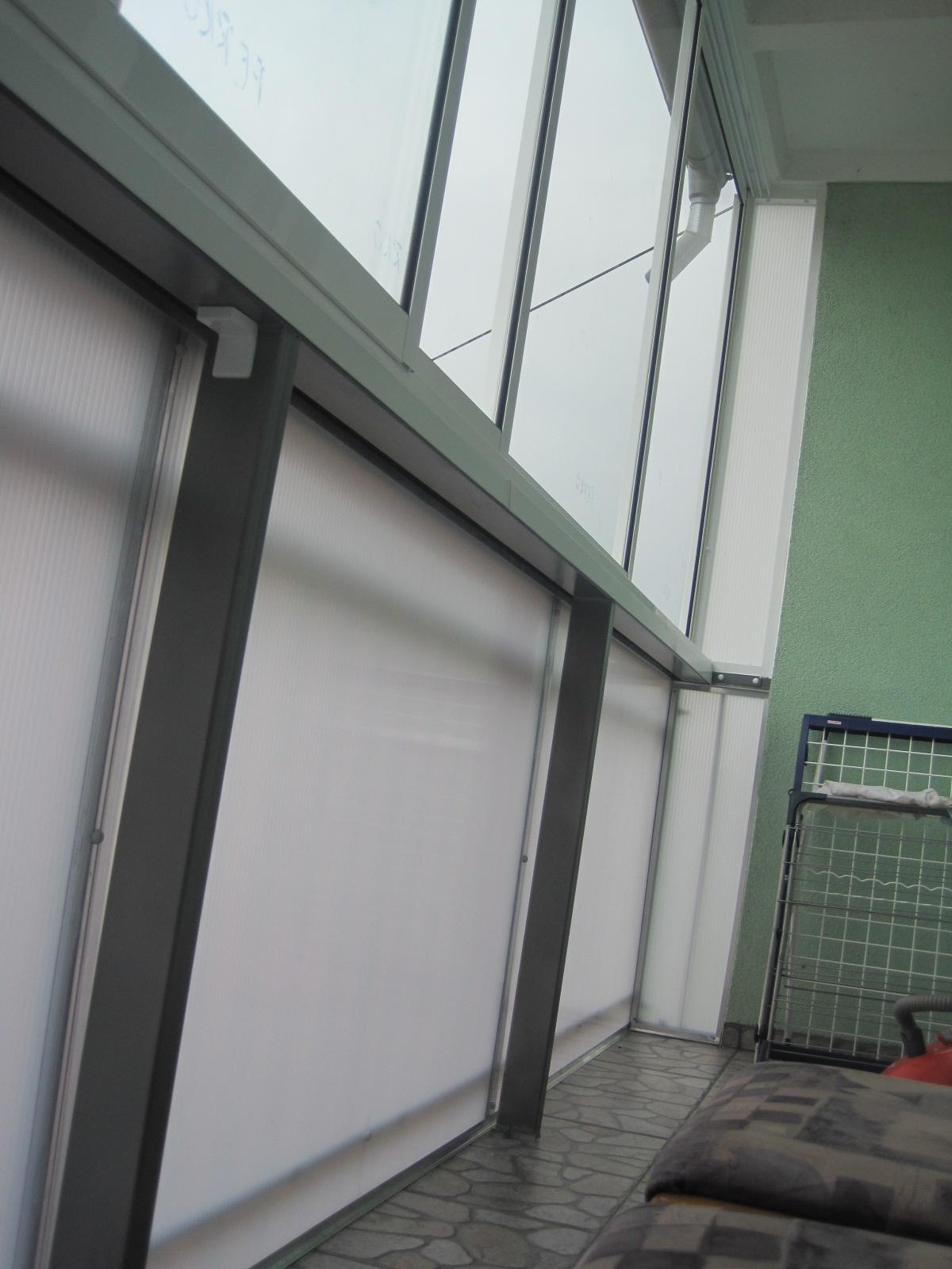 Balkonverglasung rahmen schiebesystem trencin pifema s r o - Trennwand schiebesystem ...
