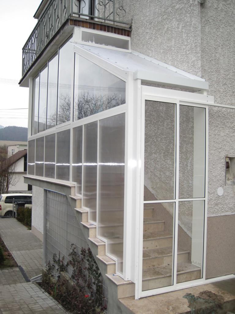 Verglasung der veranda pifema s r o for Veranda englisch