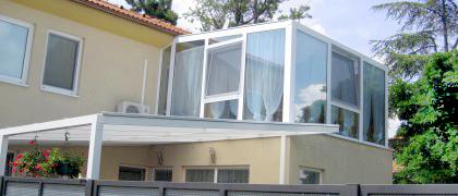 Terasy-verandy