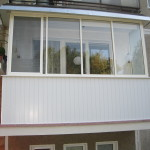 Balcony glazing – polycarbonate panel
