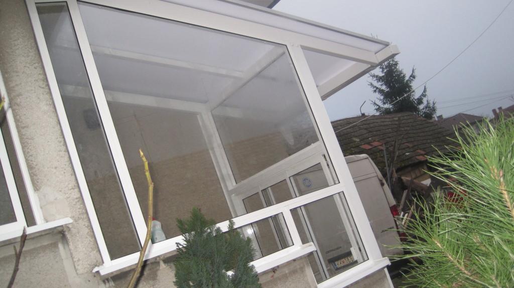 Verglasung und umsetzung der veranda in star tur for Veranda englisch