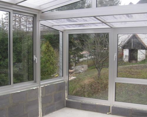 trennw nde f r terrassen balkon fenster verwunderlich sichtschutz aus glas f r terrasse bild. Black Bedroom Furniture Sets. Home Design Ideas