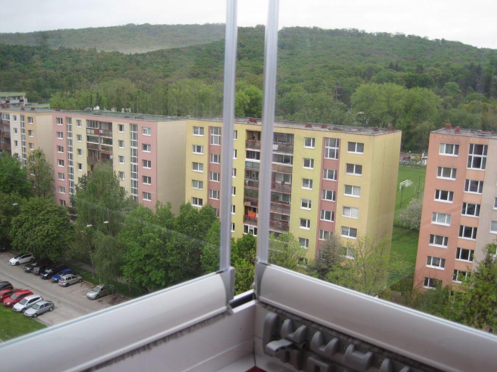 Balkonverglassung bratislava lama pifema s r o - Trennwand schiebesystem ...