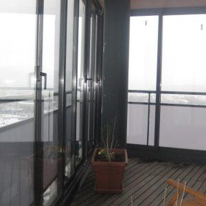 Zasklenie balkónovej terasy v budove Europalace na 17. Poschodí,Žilina