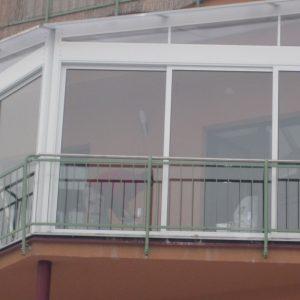 Zastrešenie a zasklenie terasy na bytovom dome, Martin